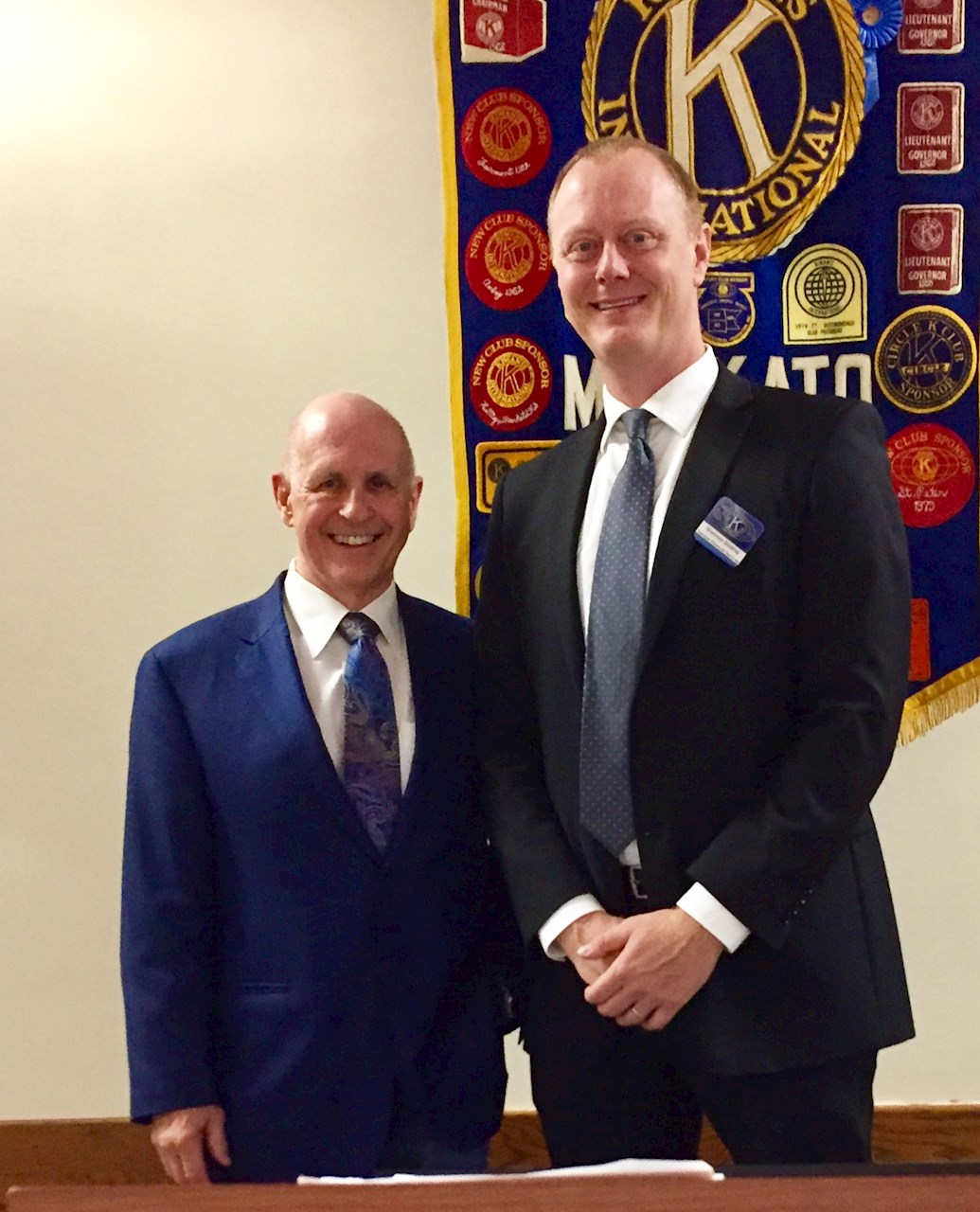 Mankato Kiwanis International The Creative Science Centre By Dr Jonathan P Hare Bill Lewinski Founder And Director Of Force Institute Spoke To Our Club On August 14 2017 About Policing In An Adverse Society