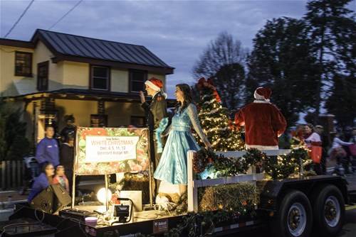 Belmont Ridge Players White Christmas Cast--Best Float