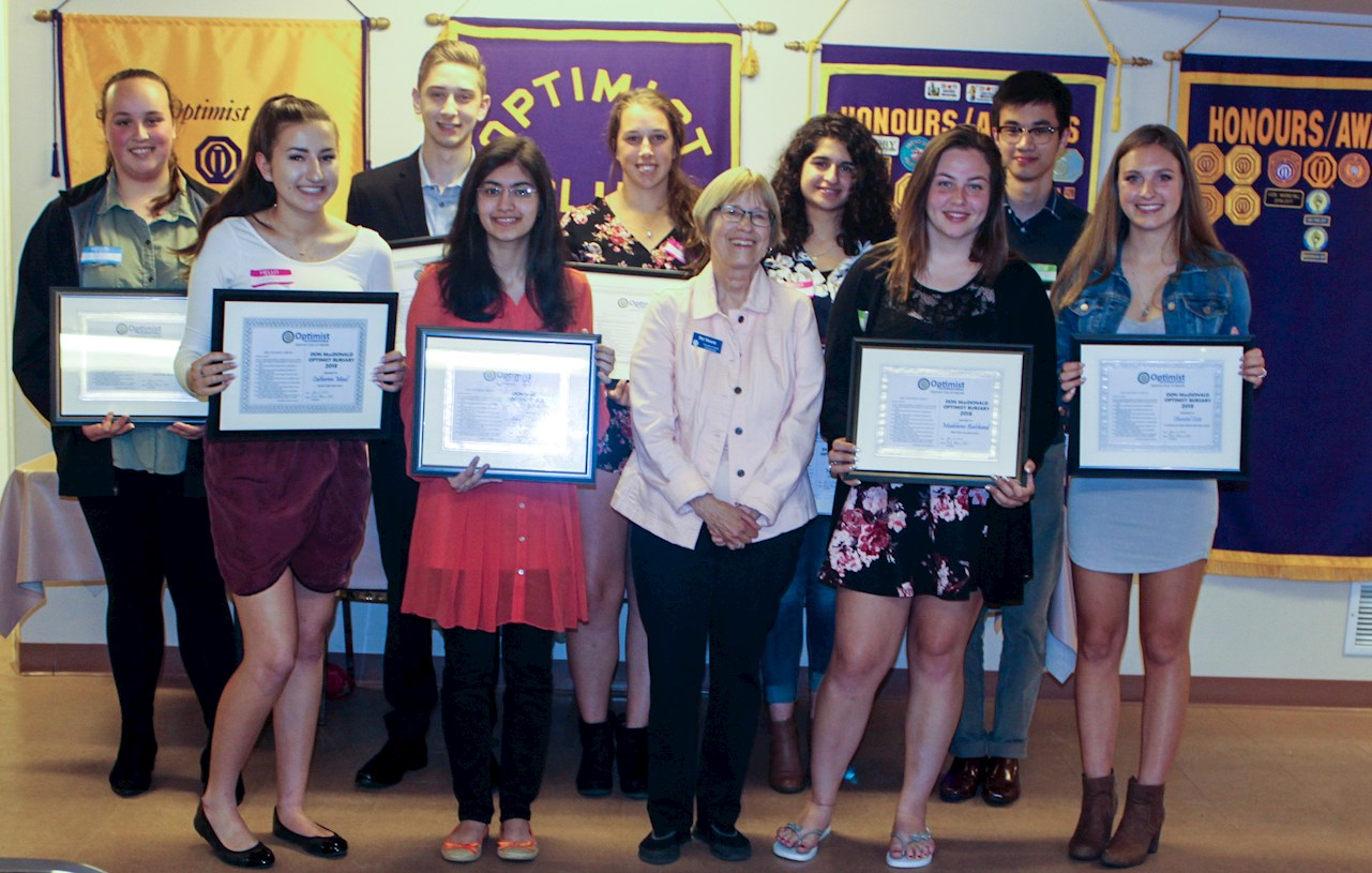 11 Oakville graduating students receiving their bursaries.